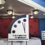 Ρολόι της Αποκάλυψης-Δύο λεπτά πριν το… τέλος