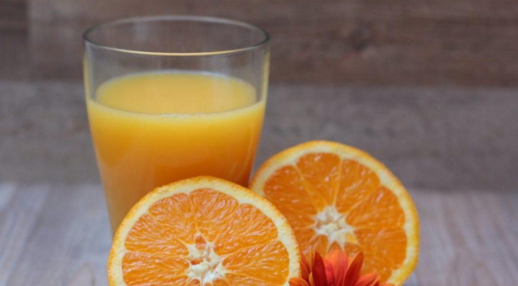Κρέμα νύχτας προσώπου για λάμψη και λεύκανση με χυμό από πορτοκάλι! Δράση στην επιδερμίδα
