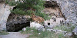 σπηλιά του Νταβέλη