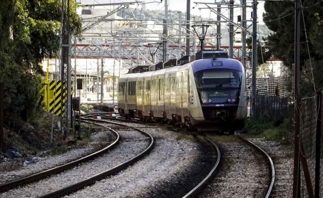 Δεν υπήρξε εκτροχιασμός συρμού τρένου στον προαστιακό σιδηρόδρομο στην παρακαμπτήριο