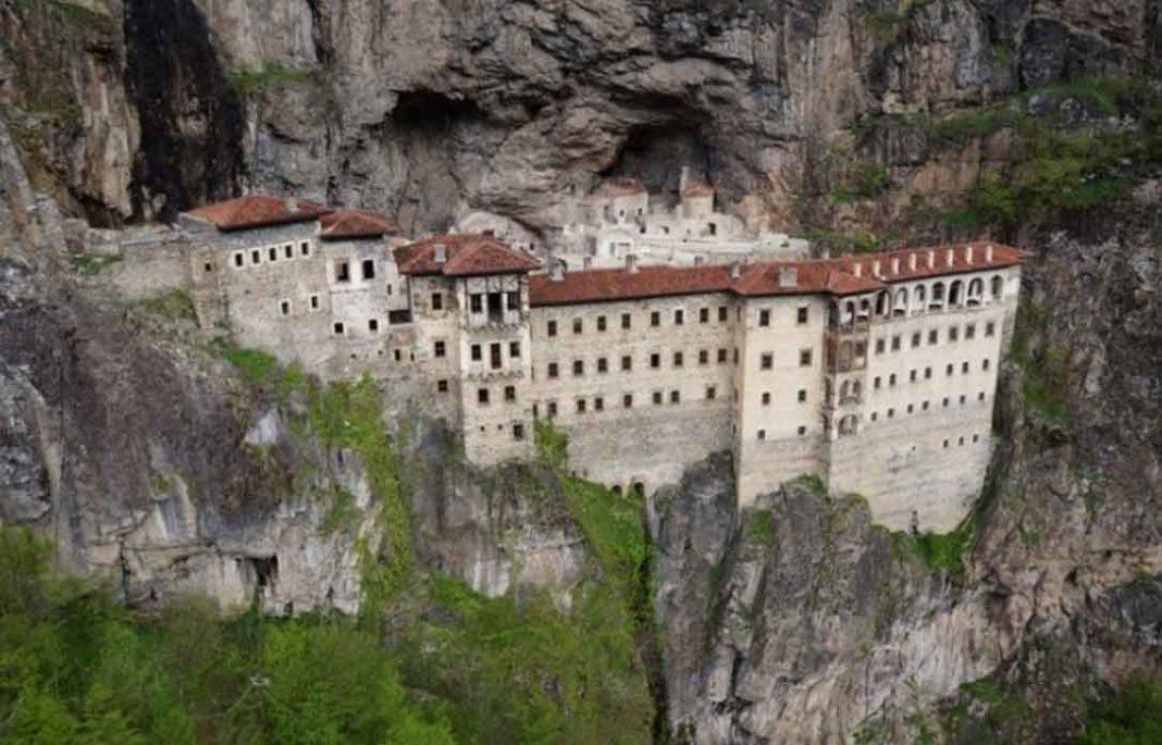 Η Ιερά Μονή Παναγίας Σουμελά ή Μονή Σουμελά η οποία ήταν κλειστή εδώ και τέσσερα χρόνια και συγκεκριμένα