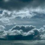 Ο καιρός αύριο: Bροχές και καταιγίδες – Πέφτει και άλλο η θερμοκρασία