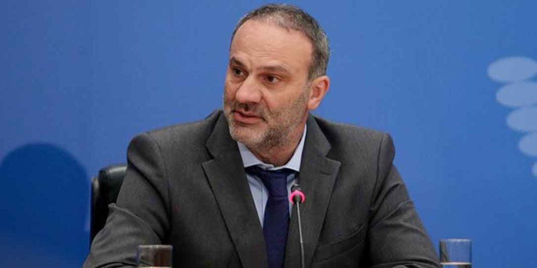 Μαυραγάνη Στα χέρια πιάστηκαν με αφορμή την εκλογική διαδικασία, ο πρώην υφυπουργός Νίκος Μαυραγάνης με τον Πρόεδρο της ΔΗΜ.ΤΟ Αμαρύνθου Πέτρο
