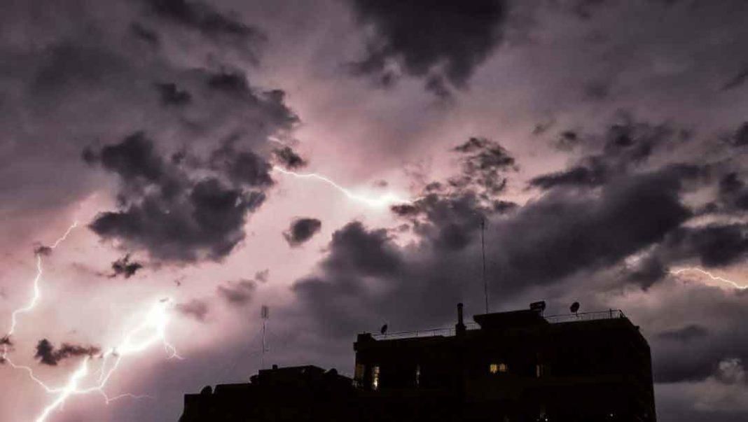 Καιρός: Καταιγίδες στη μισή Ελλάδα μέχρι και την Παρασκευή και μετά... καύσωνας