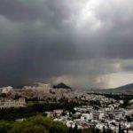 ΚΑΙΡΟΣ-Καταιγίδες και κεραυνοί στην Αττική