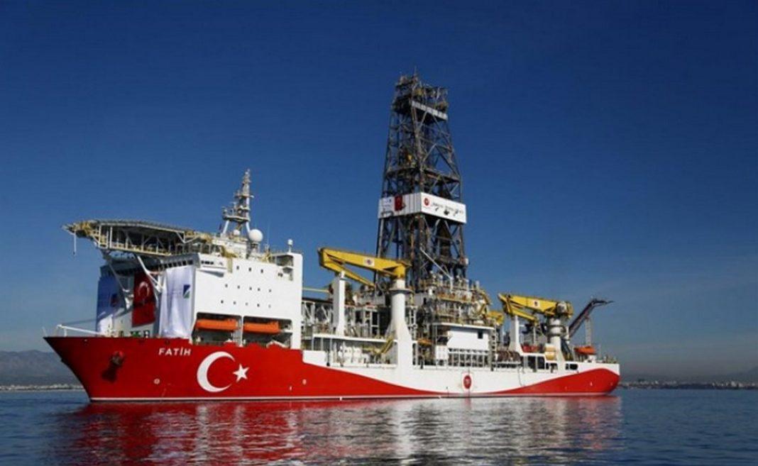 """ΑΟΖ Νέο μήνυμα προς τη Τουρκία στέλνει ο Αλέξης Τσίπρας, επαναλαμβάνοντας την προειδοποίηση να """"μη σκεφτεί να κάνει γεώτρηση στο Καστελόριζο""""."""