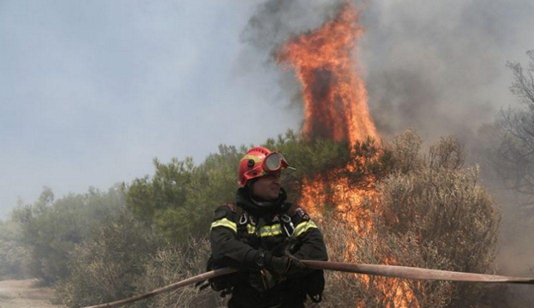 Γιατί δεν στάλθηκαν SMS του 112 για τη φωτιά στον Yμηττό Η Γενική Γραμματεία Πολιτικής Προστασίας είναι υπεύθυνη για το 112