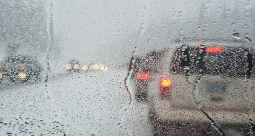 Υψηλές θερμοκρασίες αλλά με... βροχές και καταιγίδες σήμερα ο καιρός - Ραγδαία πτώση από αύριο