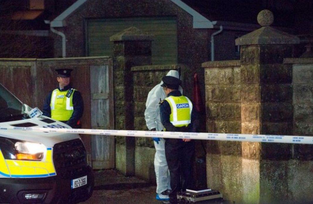 Αρχές του Cork της Ιρλανδίας, όταν εντόπισαν σε ένα εγκαταλελειμμένο σπίτι πτώμα άνδρα το οποίο είχε ακρωτηριαστεί!