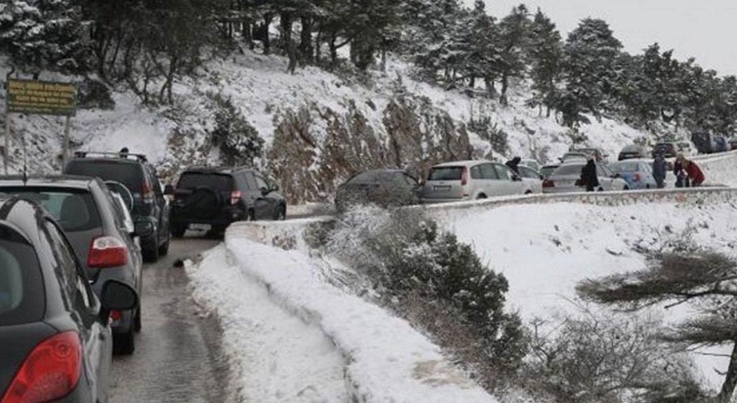 Διακοπή κυκλοφορίας στην Καλοπούλα στον Υμηττό και την περιφερειακή Πεντέλης