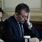 Eντρομος ο πρωθυπουργός φώναξε στο Μαξίμου τον Βρούτση και τη Δόμνα
