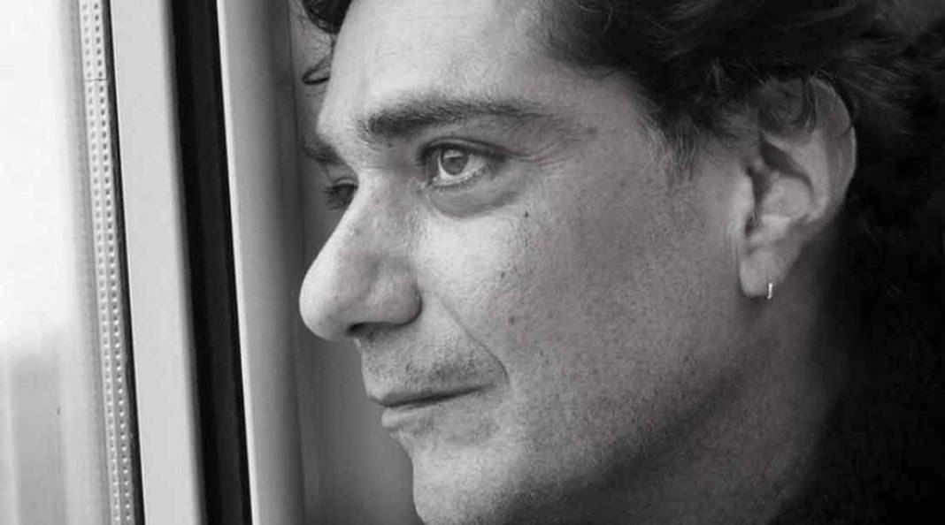 ο δημοσιογράφος, Κώστας Γεωργιάδης, έπειτα από άνιση μάχη με τον καρκίνο.