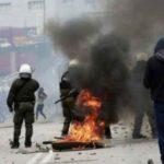 Έρχεται σύγκρουση: Απορριμματοφόρα στο λιμάνι της Μυτιλήνης για να αποτρέψουν την αποβίβαση 14 διμοιριών ΜΑΤ