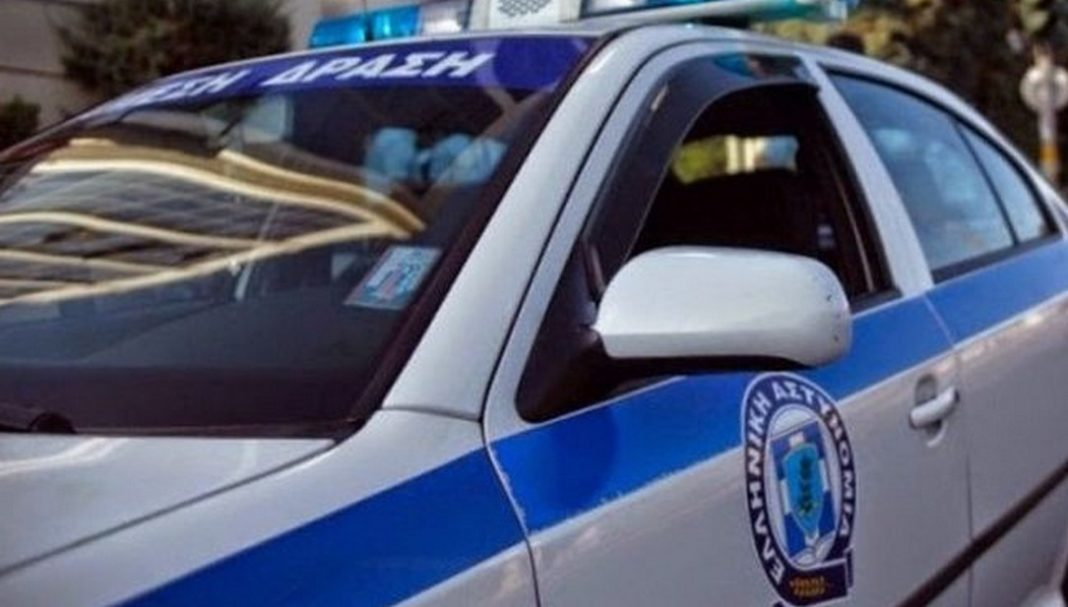 Μία γυναίκα εντοπίστηκε απανθρακωμένη στην περιφερειακή Πεντέλης – Νέας Μάκρης. Οι Αρχές προσανατολίζονται στο ενδεχόμενο της αυτοκτονίας.
