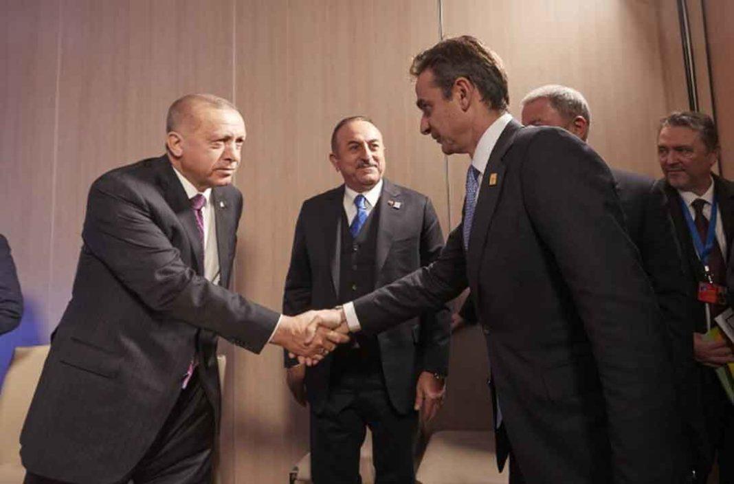 Ελλάδα βρίσκεται πλέον στο επίκεντρο ασύμμετρων απειλών καθώς βρίσκεται στο στόχαστρο τόσο του Coronavirus όσο και του πληγωμένου ο Ερντογάν
