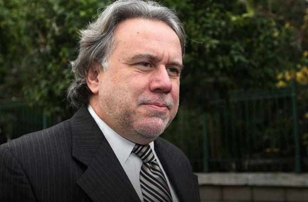Στο νοσοκομείο μεταφέρθηκε έπειτα από ατύχημα κατά το οποίο υπέστη τραυματισμό στη σπονδυλική στήλη ο πρώην υπουργός και βουλευτής του ΣΥΡΙΖΑ Γιώργος Κατρούγκαλος.