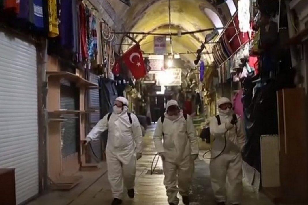 Άνθρωποι λιποθυμούν σε δρόμους της Τουρκίας