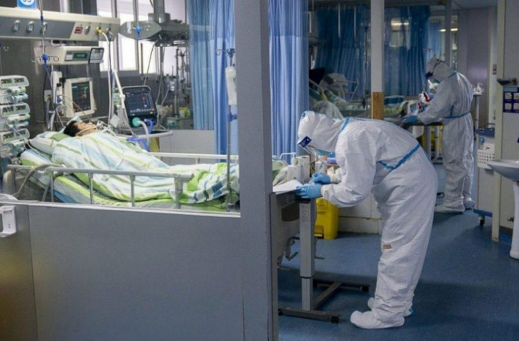 Η Ιταλία ζει στιγμές «αποκαλύψης» με τις μαρτυρίες από τους γιατρούς που έρχονται αντιμέτωποι με την επιδημία να προκαλούν σοκ. Η κατάσταση στη γειτονική