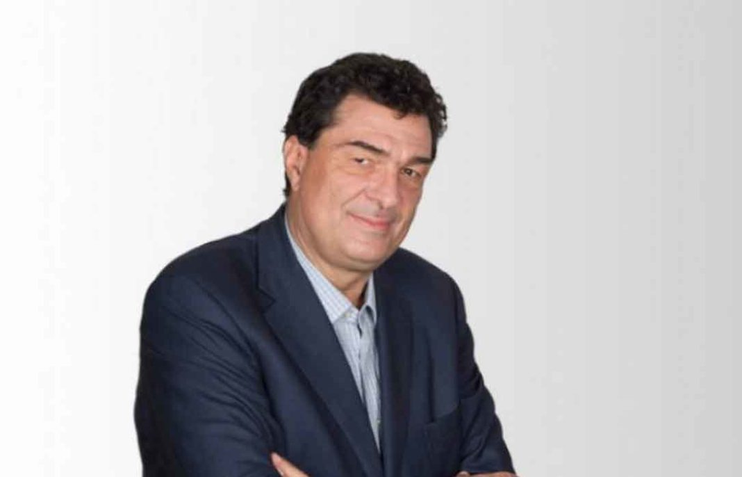 Θετικός στον κορωνοϊό διεγνώσθη ο διευθυντής της «Καθημερινής», Αλέξης Παπαχελάς, όπως ο ίδιος αποκάλυψε στη στήλη του στην εφημερίδα.