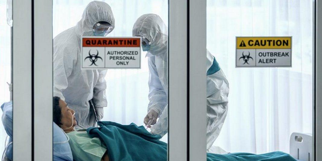 Απειλές και απολύσεις επιστρατεύουν οι διοικήσεις των νοσοκομείων στις ΗΠΑ για όσους μιλούν δημόσια για τις ελλείψεις σε μέσα προφύλαξης.