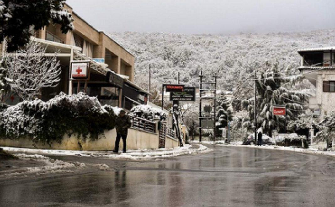 καιρος Νεφώσεις με βροχές και τοπικές καταιγίδες, με έντονα φαινόμενα σε Θεσσαλία, Κεντρική και Ανατολική Στερεά, Εύβοια, Σποράδες και πολύ θυελλώδεις