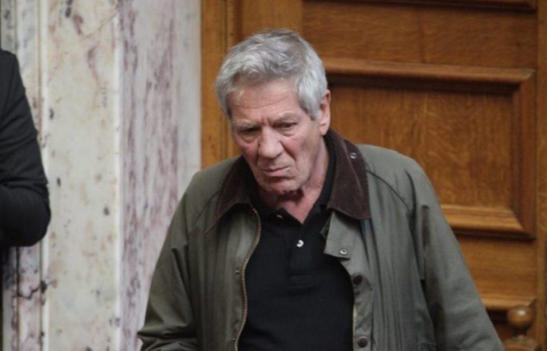 """Ανήθικη και χυδαία συμπεριφορά επέδειξε ο τέως βουλευτής του ΣΥΡΙΖΑ Μάκης Μπαλαούρας, ο οποίος, την ημέρα που η Ελλάδα αποχαιρετούσε τον """"Τελευταίο Παρτιζάνο"""""""