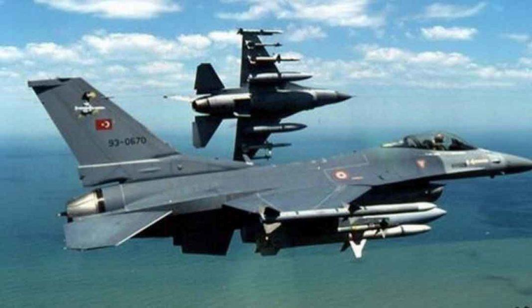 Όπως έγινε γνωστό από το ΓΕΕΘΑ, ζεύγος τουρκικών F-16 και ένα μεμονωμένο τουρκικό F-16 που εισήλθαν στο FIR Αθηνών χωρίς να καταθέσουν σχέδιο πτήσης, πέταξαν