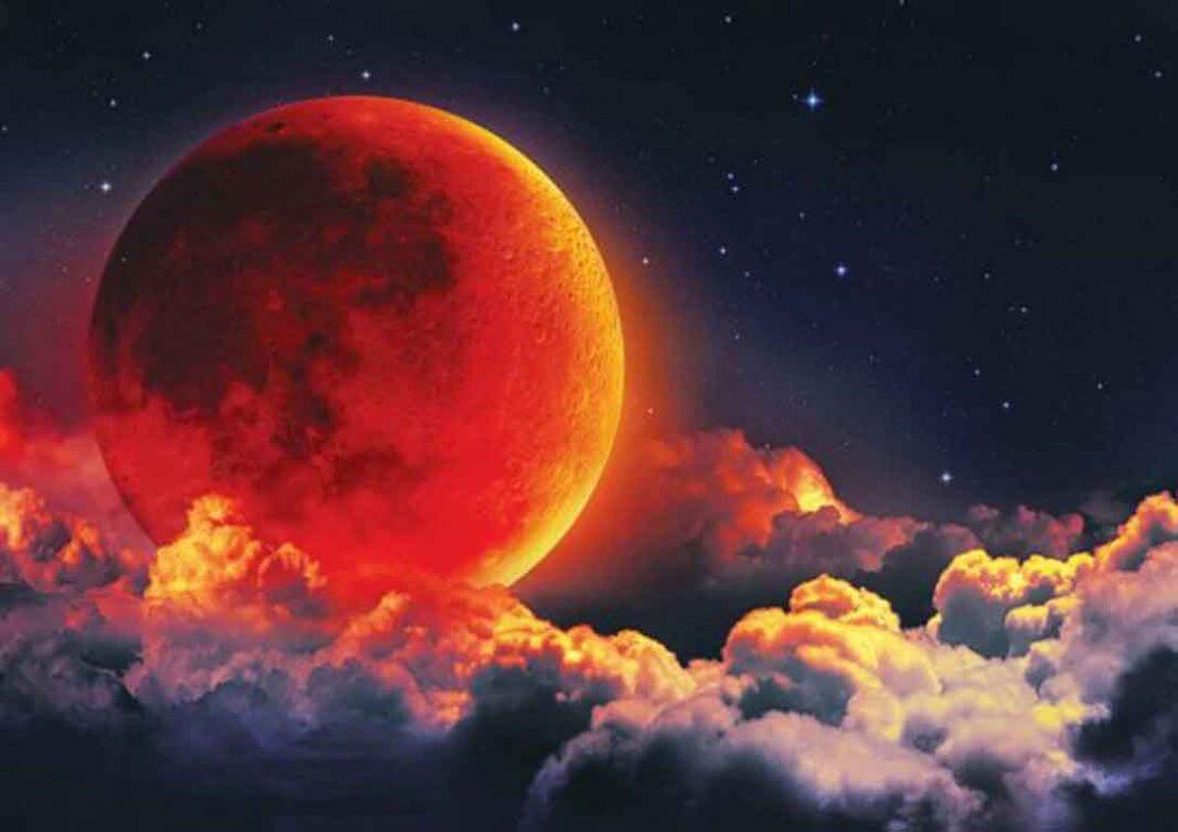 Δήμητρα Παπανικολοπούλου Σύμβολο καταστροφής και σκότους η έκλειψη της Σελήνης της 5ης Ιουλίου, που σηματοδοτεί ραγδαίες εξελίξεις τόσο στην Ελλάδα όσο και σε παγκόσμιο επίπεδο.