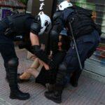 Επεισόδια με αναρχικούς στην ΑΣΟΕΕ - Στο σημείο αστυνομικές δυνάμεις