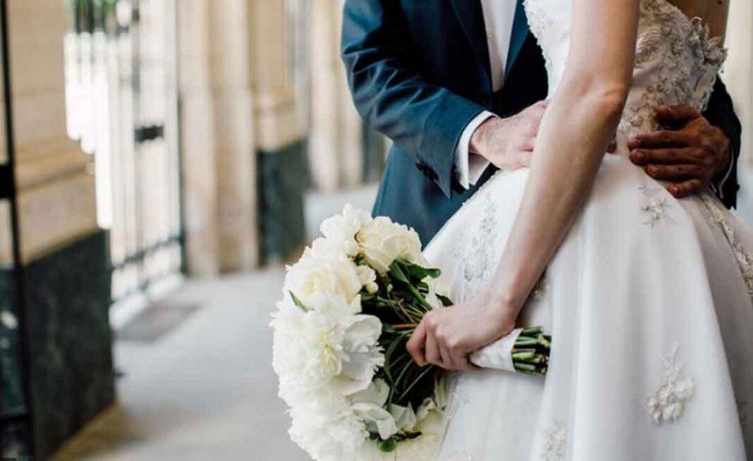 Θεσσαλονίκη: Συναγερμός σε γλέντι γάμου με 150 άτομα - Θετικοί σε κορονοϊό ο γαμπρός και δύο καλεσμένοι