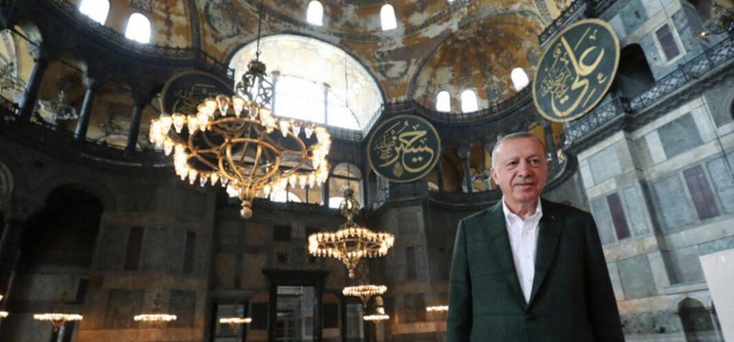 Κορονοϊός - Αγιά Σοφιά: 3.000 άνθρωποι μολύνθηκαν στη φιέστα του Ερντογάν