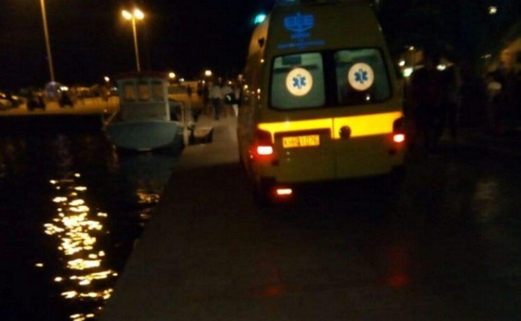 Τραγελαφικές καταστάσεις στο Ναύπλιο -Βούτηξε στη θάλασσα για να γλιτώσει το πρόστιμο! (ΒΙΝΤΕΟ)