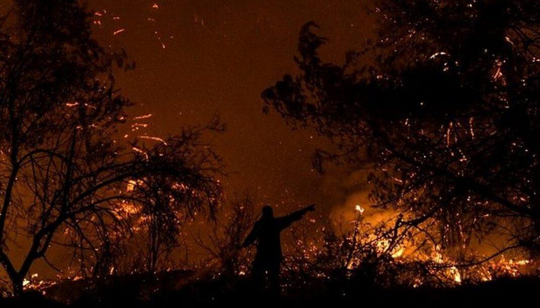 Κεφαλονιά: Δύσκολη νύχτα με απανωτές φωτιές - Μεταβαίνουν ενισχύσεις και κλιμάκιο της Ασφάλειας