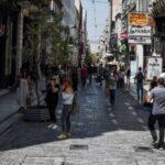 """Κορονοϊός: Σε κρίσιμη φάση η Αθήνα- Πώς ζουν οι Αθηναίοι στις """"κόκκινες"""" περιοχές"""