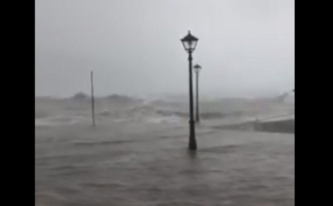 Κυκλώνας Ιανός ΚΕΦΑΛΟΝΙΑ-Η Σάμη σε λίγες ώρες δεν θα υπάρχει.... Τρομακτικό video