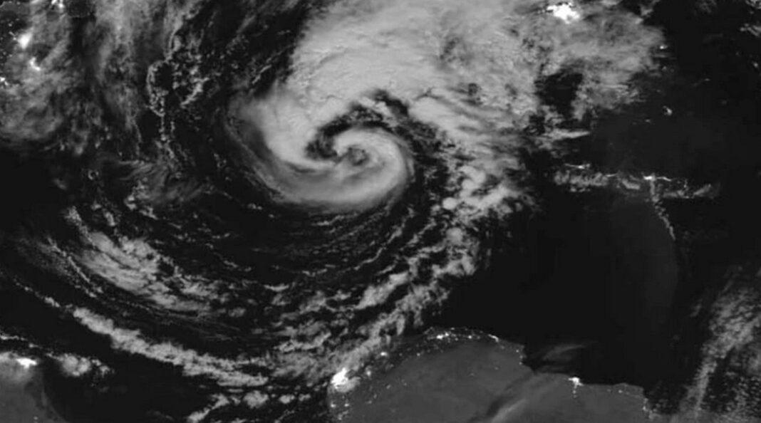 Προειδοποίηση Μαρουσάκη: Πολύ πιθανό να πλήξει την Ελλάδα μεσογειακός κυκλώνας