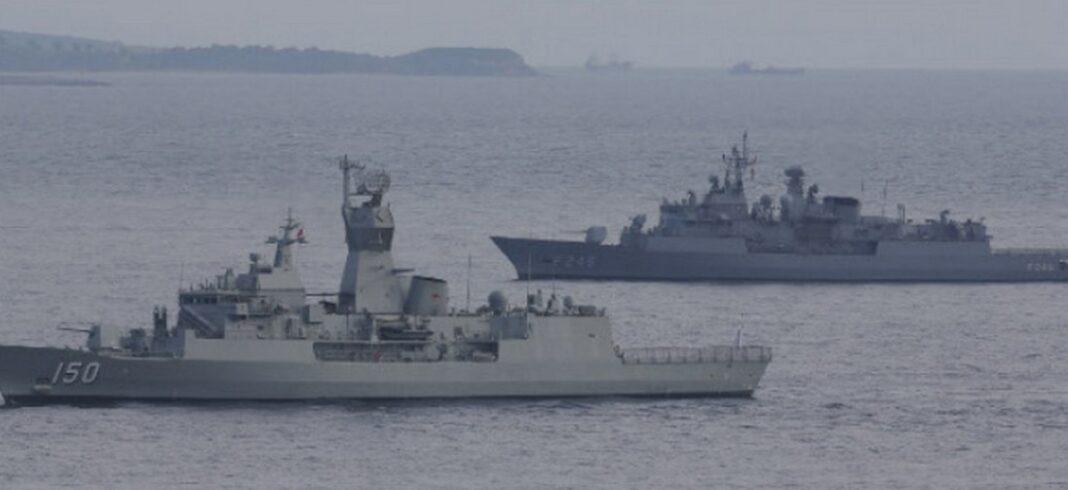Tουρκικά πολεμικά-Περίεργες κινήσεις εχθές στο Ανατολικό Αιγαίο και συγκεκριμένα στο λιμάνι του Τσεσμέ απέναντι από τη Χίο.