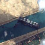 Γιούρι Γκέλερ: Το πλοίο στο Σουέζ μετακινήθηκε με τη δύναμη του μυαλού