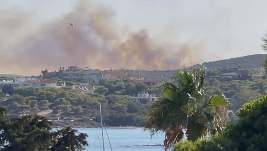 Φωτιά τώρα στο Σούνιο – Μεγάλη μάχη με τις φλόγες