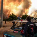 Μεγάλη αναζωπύρωση τώρα στη Βαρυμπόμπη: Μήνυμα του 112 – Εκκενώστε Θρακομακεδόνες και Αχαρνές